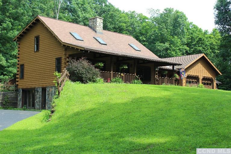 Custom Log Home Country Life Real Estate Llc